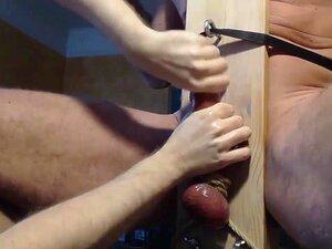 Me Ordenhar Ballbusting Pendurado Caminhoneiro Amigo Na Cadeira De Ordenha. Amarrado E Post Cum Esmiuçadas. Uma Comadre Alto. Porn