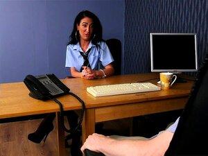Gabinete Da CFNM Babe Comeu Na Entrevista De Emprego Porn
