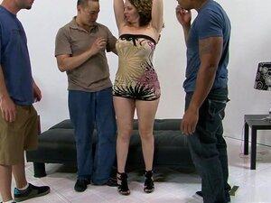 Surpreendente Pornstar Kiki Daire Em Mais Quentes Peludo, Facial, Vídeo De Sexo, Kiki Daire é Uma MILF Tesão, Que Passa A Ser Uma Ninfomaníaca, Que Convida Um Grupo De Interracial Pregos Para Vir Para A Casa Dela E Transa Com Ela O Pau De Sockets Durante  Porn