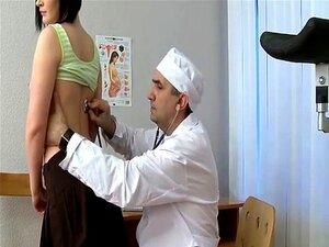 Médico Desagradável Toque Inocente Teen Porn