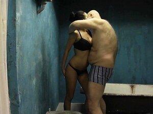 Homem Gordo Fode Duas Jovens Raparigas Magras Porn