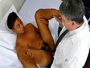 Dr Daddy Bareback Fode Com O Rapaz Asiático Josh Porn