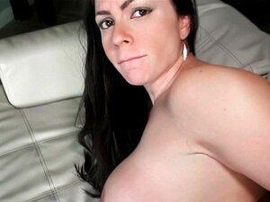 Busty Milf Latina Agente Estrondos Cliente No Trabalho Porn