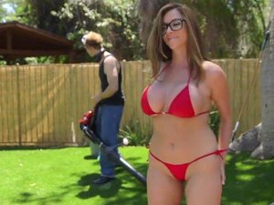 RealityKings-Milf Hunter-Backyard Batendo Porn