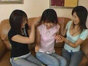 3 Lésbicas, Estrelado Por Koyoi Yumesaki, Maho Sawai E Kasumi Neste Trio Lésbicas Tocar Vídeo. Essas Meninas Parecem Gostar De Outro Muito Quando Se Trata De Sexo Lésbico Em Grupo, Da Sensual Francês Beijos Uns Com Os Outros Para Brincar Com A Buceta Do O Porn