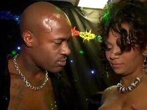 Casal Negro Em Uma Orgia De Swingers Porn
