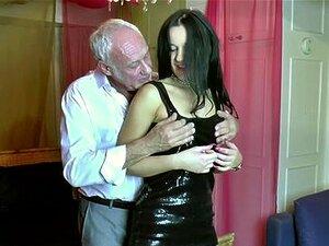 Babe Com Velho De 60 Anos No Radlett Swingers P Porn