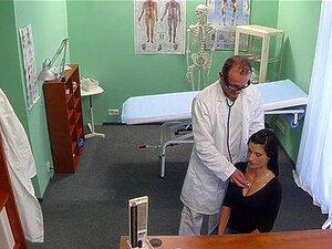 Doutor Fode Paciente Peituda Linda Porn