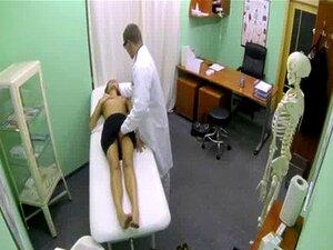 Paciente Real Lambido E Fodido Por Médico Porn