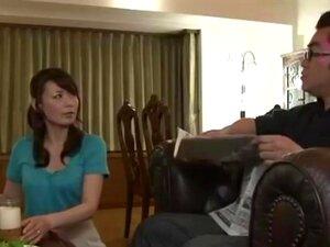 Filho De Tesão Bate Mãe Bonita Atrás De Seu Pai Porn