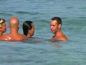 Troca De Parceiro Na Praia Porn