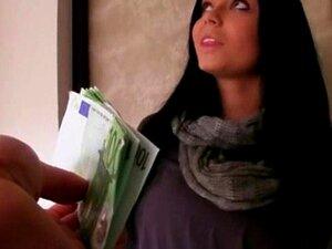 Gata Morena Quente Adrieni Socado No Apartamento Para Ganhar Algum Dinheiro Porn