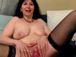 Quente Sylvana Velho Flexível Com Uma Buceta Aberta Porn