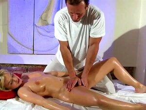 Massagem Erótica Amador Para O Modelo De Massagista Com Tesão Porn
