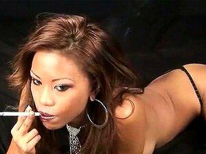 Rapariga Gorda Fumando Fome XXX Porn