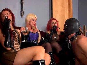 3 Garota Fumando E Escravo Porn