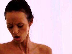 A Velha Rata Peluda Finalmente Tem A Pila Do Chefe Porn