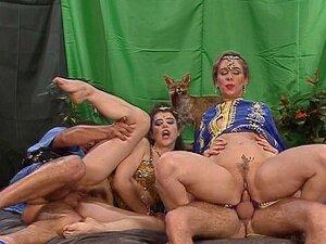 Dançarinas Do Ventre Obter Sua Suficiência (CLIP) Porn