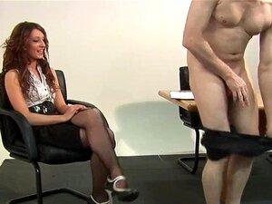 A Brincar Com O CFNM Babe Cavalga A Pila Dos Escravos Porn