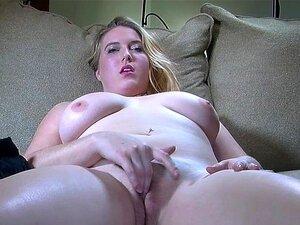 Acariciando Silenciosa: Top Model Plus Size Porn