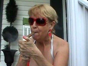 Charuto A Fumar No Alpendre Porn