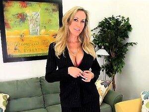 Blonde Busty MILF Perfurando Ele Pussy Solo Porn