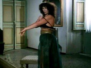 Michela Miti Damianne Saint-Clair - Biancaneve E Co Porn