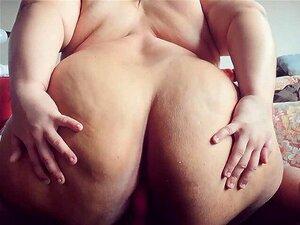 Bunda Redonda Gordura Trans Bbw Rides Vibrador E CUMS Mãos Livres Porn
