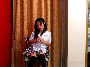 Amador Chinês Bate Sua Boceta Pequena Com Um Vibrador Porn