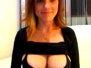 Uma Vadia Da Webcam Com Mamas Naturais Perfeitas. Vê Este Adolescente Sensual A Masturbar-se No Cam De Graça!!  Confira Para Mais Programas De Sexo Ao Vivo Grátis!! Porn