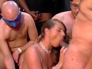 Stepmoms Alemãs Peitudas Primeiro Foda Orgia, Big Mama Natural Alemão Madrasta Em Seu Primeiro Gang Bang Bukkake Extremo Foda Orgia Porn
